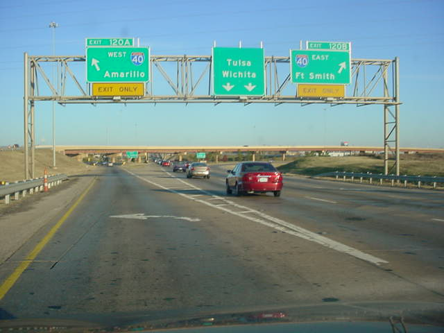 Interstate 44 East at Exits 120A-B - Interstate 40 - Amarillo/Ft. Smith